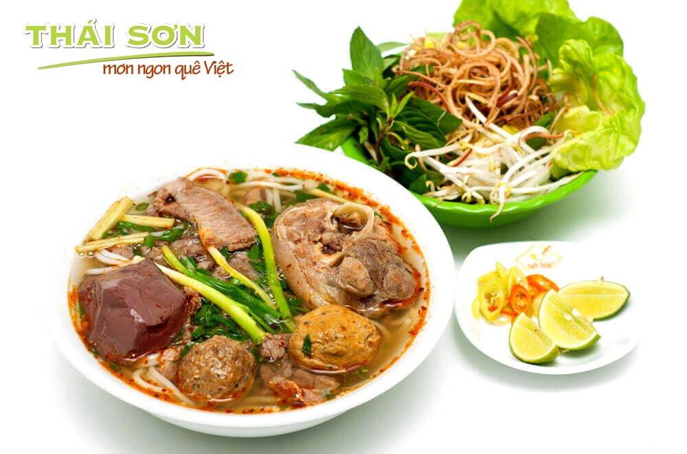Món-Ngon-Quê-Việt-Hương-Sắc-Cố-Đô-02